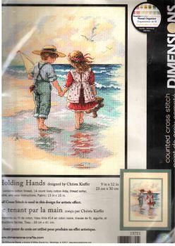 Holding Hands 13721 / Держась за руки