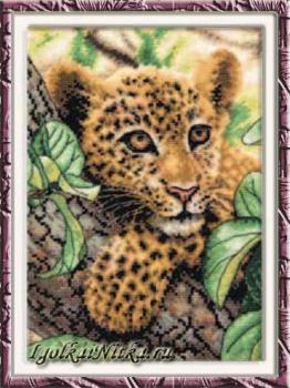 Tree Hugger 70-65118 / Отдыхающий леопард