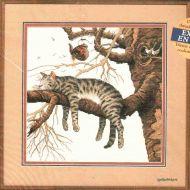 Tired Kitty 7988 / Усталый Котенок